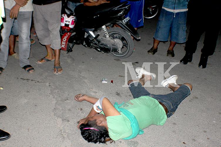 Korban X saat di temukan tewas oleh warga di tengah jalan Gajah Mada