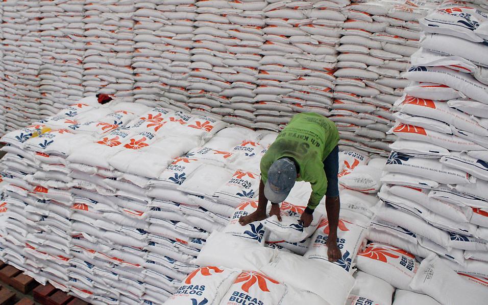 Gudang Bulog: Persedian beras Bulog jelang puasa aman