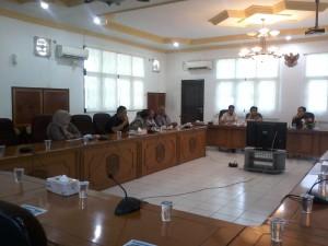 Rapat Dengar Pendapat DPRD Kota Tarakan bersama PT. Anugerah Pondok Melimpah terkait pembangunan 5000 unit rumah bagi rakyat kecil di Tanah Paguntaka.