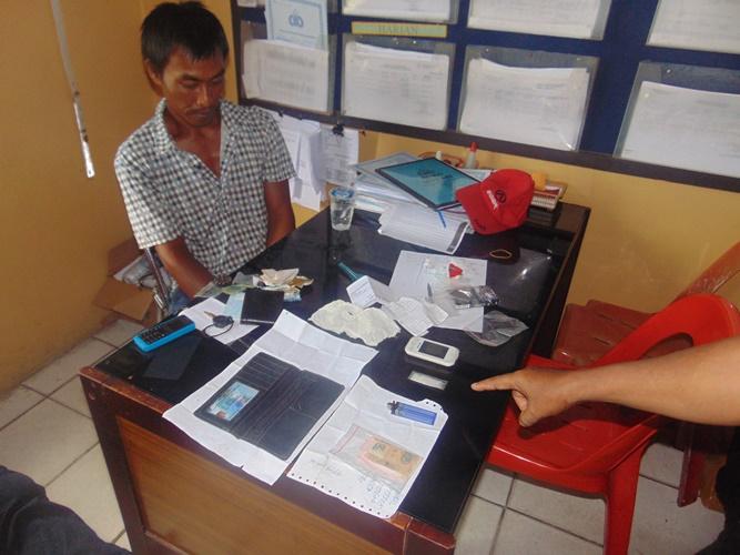 AD saat dimintai keterangan di Polres Tarakan.